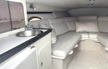 Sunseeker Mohawk 29 Interior 1