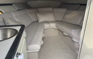 Sunseeker Mohawk 29 Interior 2