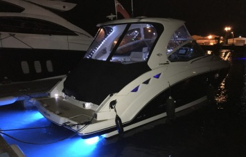 Chaparral 310 Signature for Sale Underwater Lights