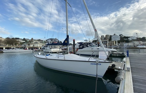 Colgate 26 Sailboat Learn to Sail First Sail Boat for Sale