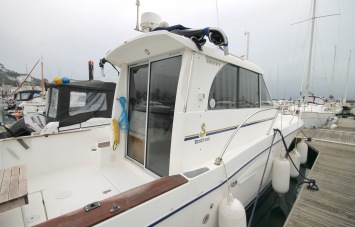 Beneteau Antares 760 for Sale Exterior