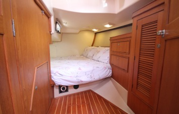 Island Packet 420 Aft Cabins